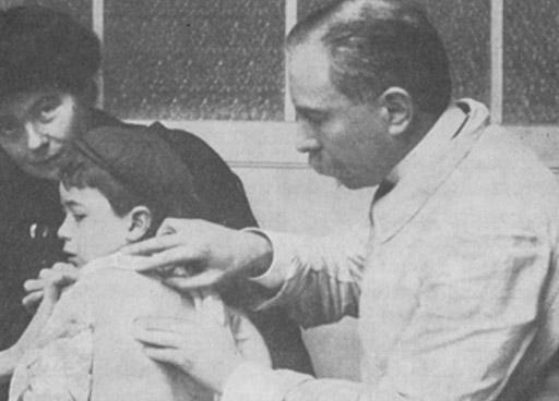 En los Dispensarios Marinos de Quinton se aplicaba la Terapia Marina para tratar a personas enfermas.